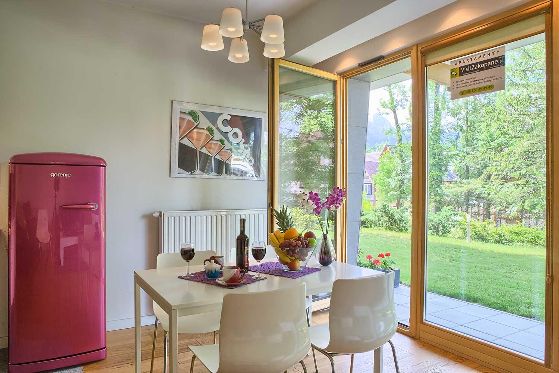 violet salon z balkonem - apartament zakopane violet