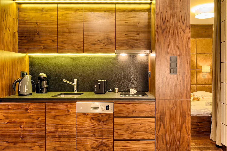 Adriatyk SPA- apartament z drewnianym aneksem kuchennym